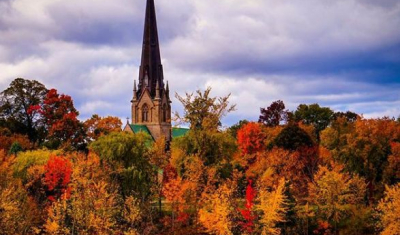 Top 9 Places to Take Fall Photos in Fredericton
